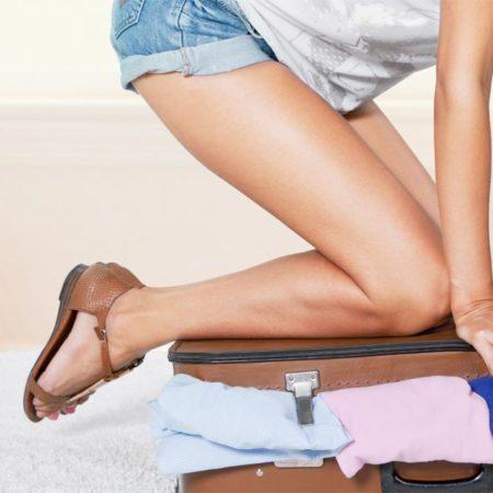 Damit der Urlaub schon beim Kofferpacken beginnt: So passt alles rein und bleibt faltenfrei