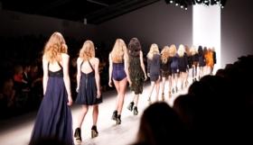 Luxuslabel: Yves Saint Laurent – Parfüme, Taschen, Mode & Trends