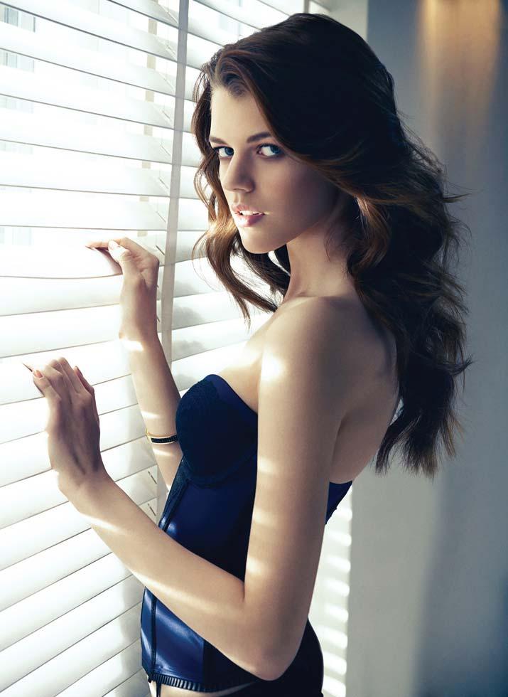 antonia-wesseloh-female-model-women-fashion (6)