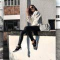 Black & White – wie man die Basics richtig kombiniert & Trend Jeansjacke