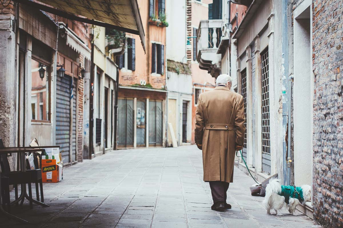 Karl Lagerfeld ist tot - Welt trauert um Modeschöpfer