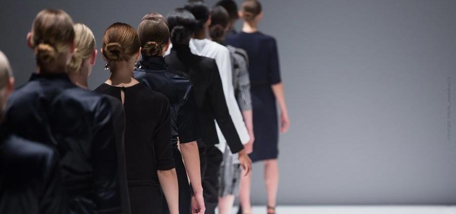 Chanel, Versace, Gaultier, Lagerfeld - die berühmtesten Designer der Modewelt
