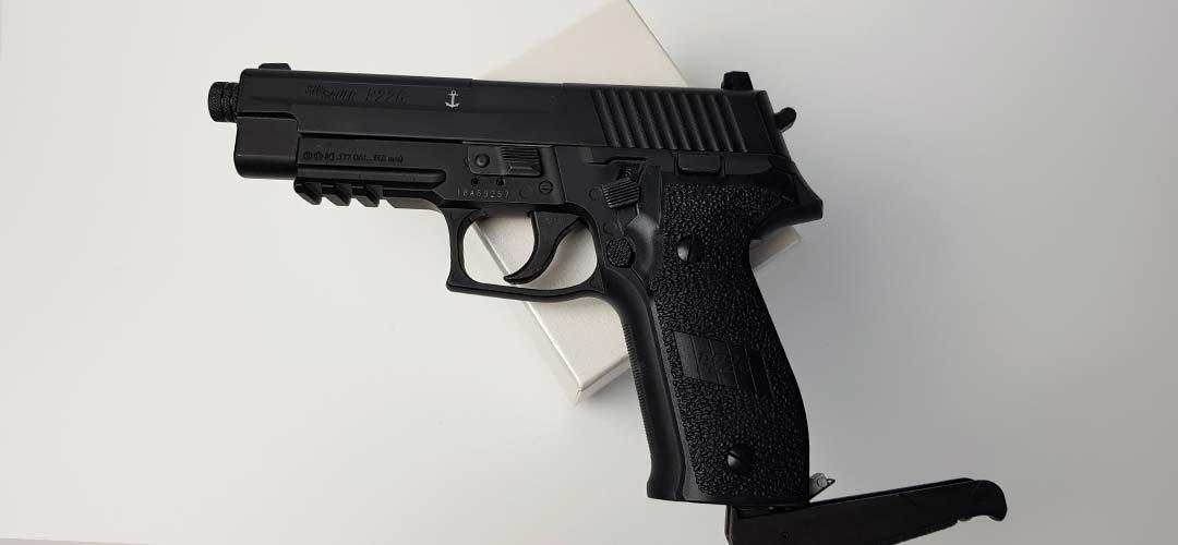 Sig Sauer P226 Blowback CO2 Pistole kaufen - Erfahrungen und Schusstest