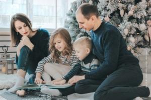 Familien Fotoshooting: Generationsübergreifende emotionale Erinnerungen