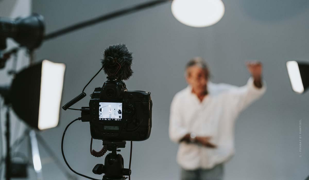 Fotostudio Köln - Empfehlungen für dein Fotoshooting: Portrait, Mode, Produktfotografie & Co.