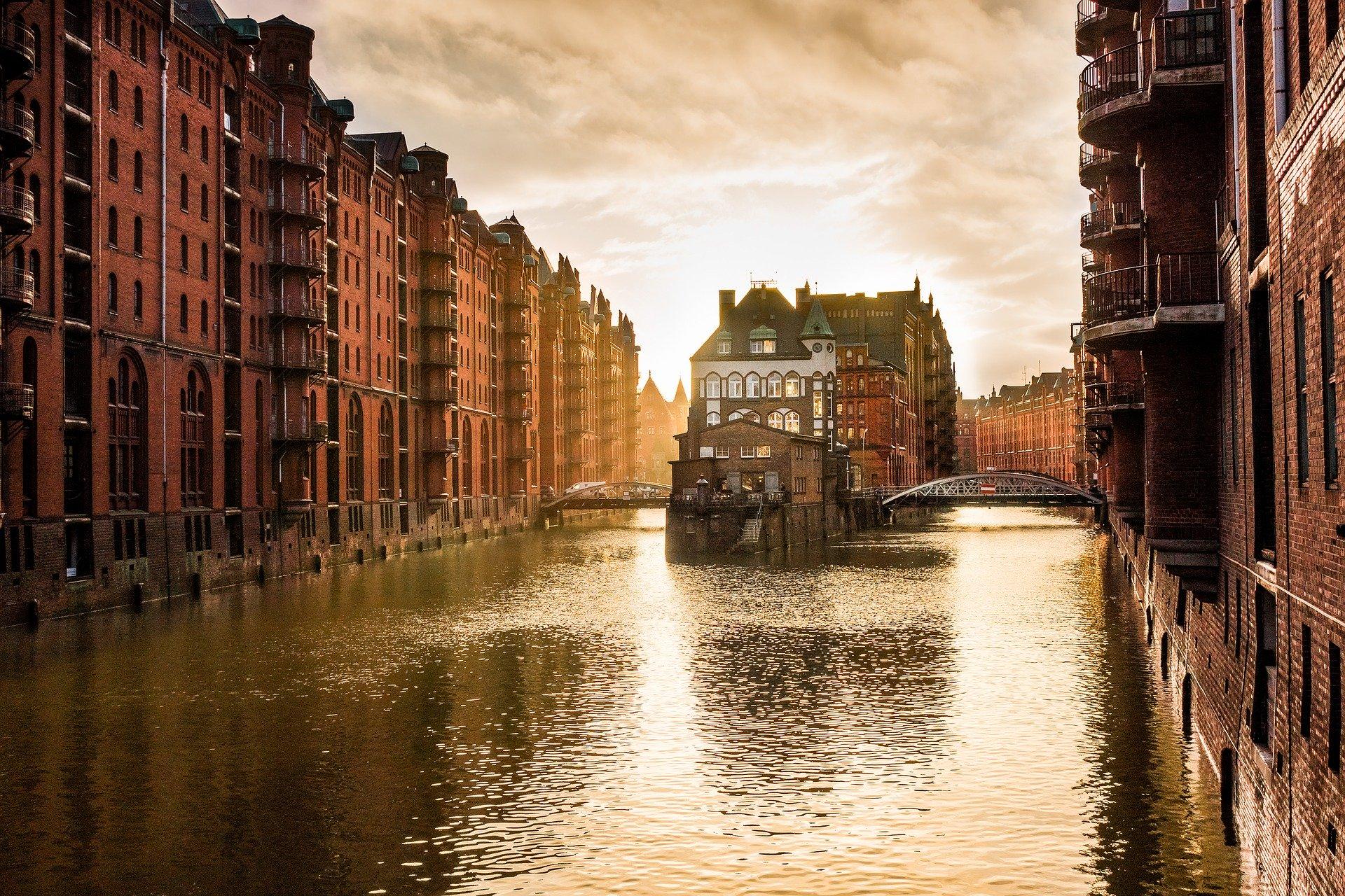 Hamburg City: Leben in der Hafencity, zwischen Luxus und Lohsepark und Elphilharmonie