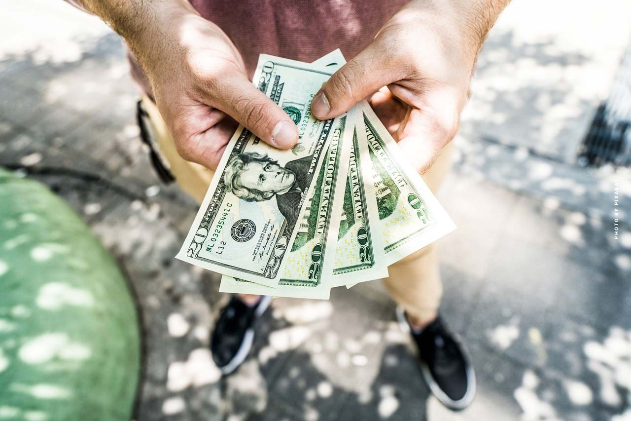 Kapitalanlage Tagesgeld: Steigende Einlagen bei sinkenden Zinsen