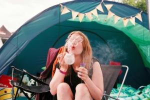 Campingzubehör XXL - vom Zelt und Wohnwagen, zu Schlafsäcken, Freizeitartikeln & Outdoorkleidung