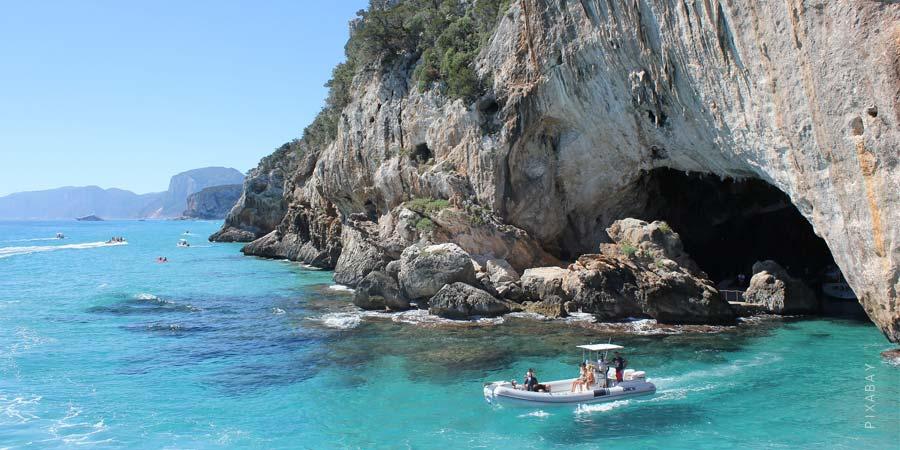 Urlaub Sardinien: Die schönsten Reiseziele, Sehenswürdigkeiten, Strände & Meer
