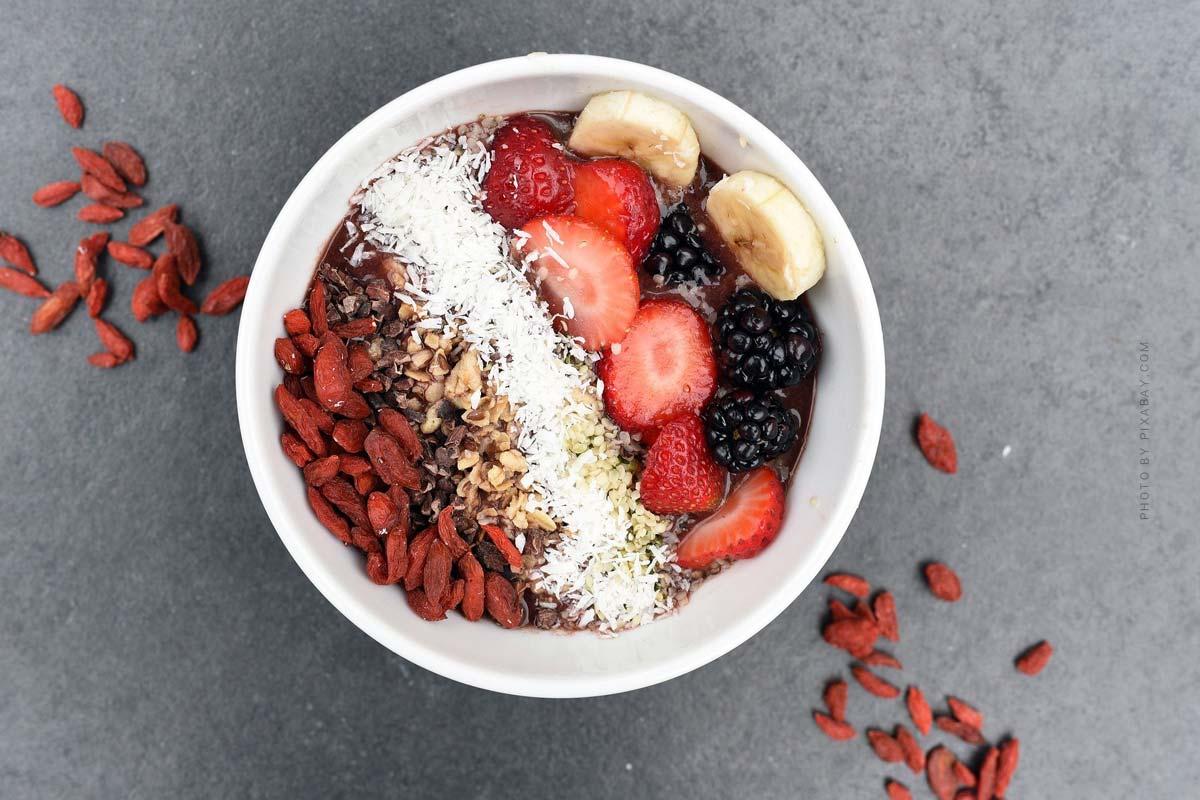 Gesunde Ernährung: Smoothies & Bowls für Zuhause