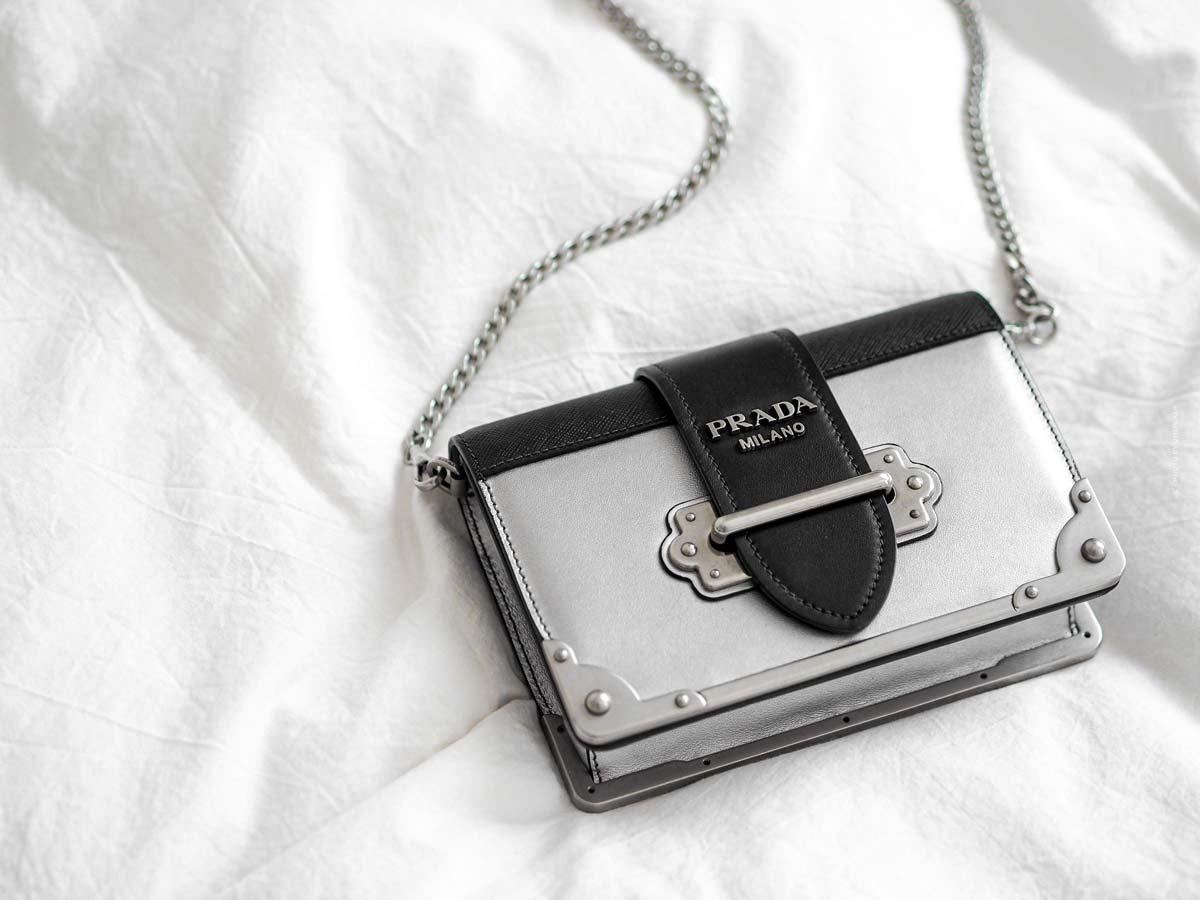 Prada: außergwöhnliche Haute Couture, Kollektionen und elegante Accessoires