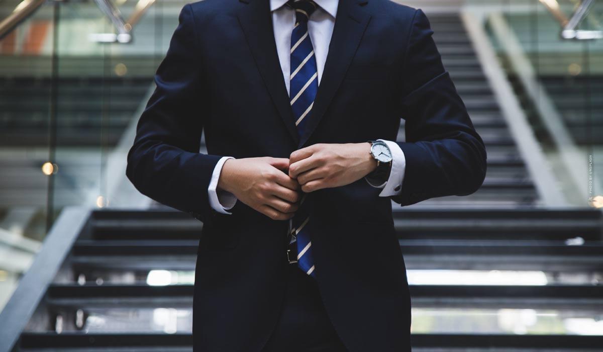 Steuerberater in der Nähe für Privat + Firma: Tipps, Empfehlung & Bewertung
