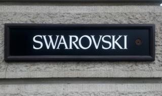 Swarovski: Armbänder, Ringe, Uhren und Schwan Halsketten – seit 125 Jahren