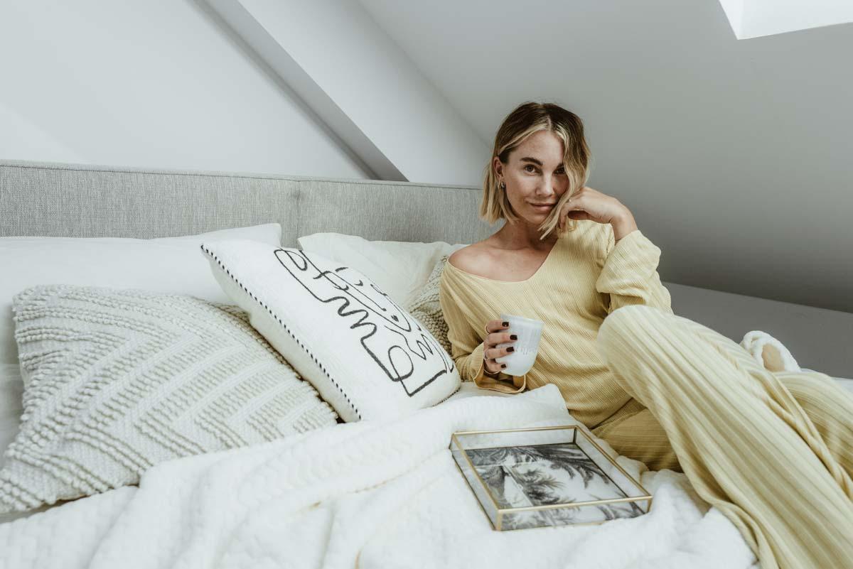 Constantly K im Interview: Fashionicon Karin Teigl über Must-Haves, glückliche Beziehungen & ihren Alltag mit Instagram