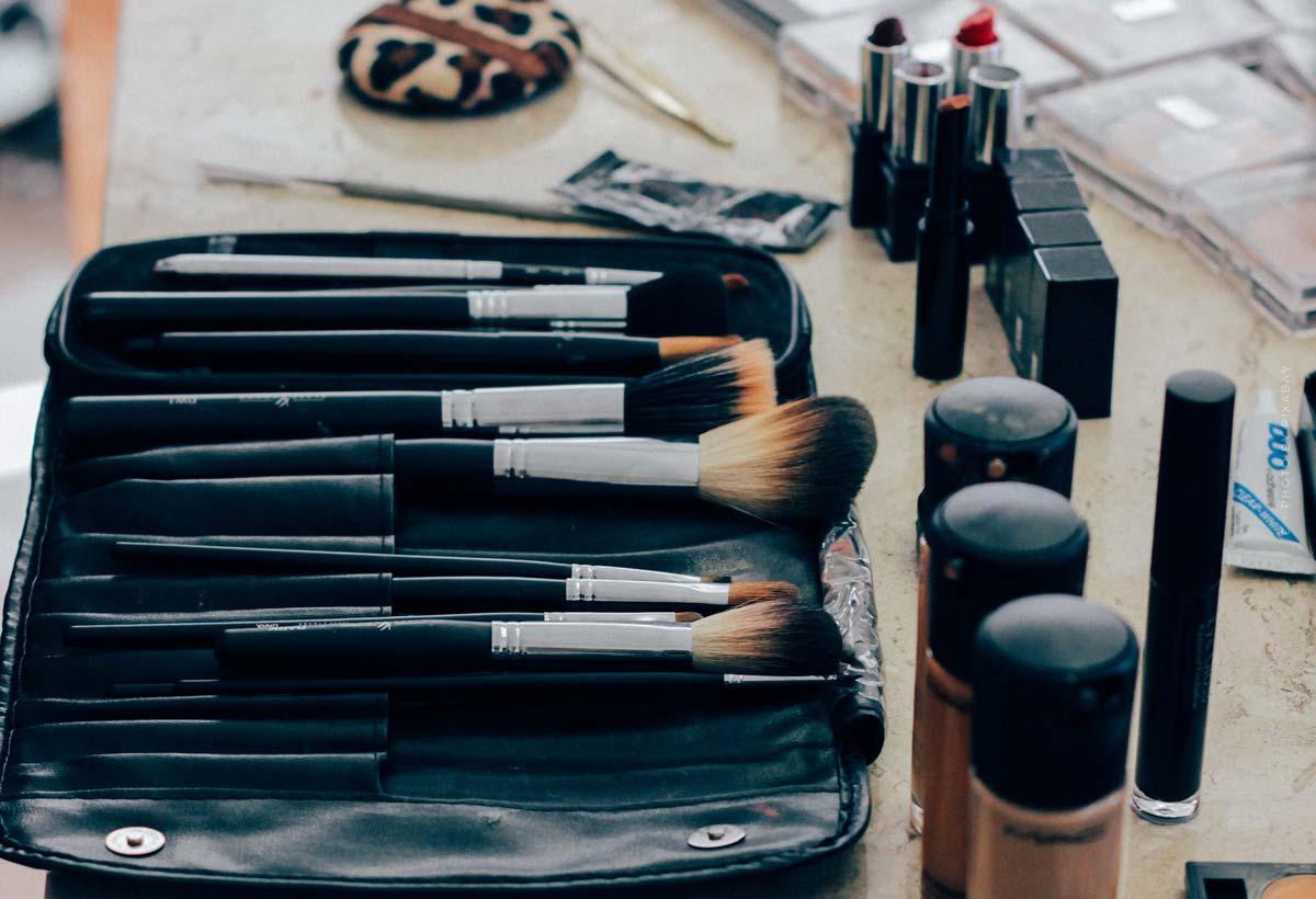 Givenchy: königliche Parfüms, strahlendes Make-Up & Kampagnen mit Stars
