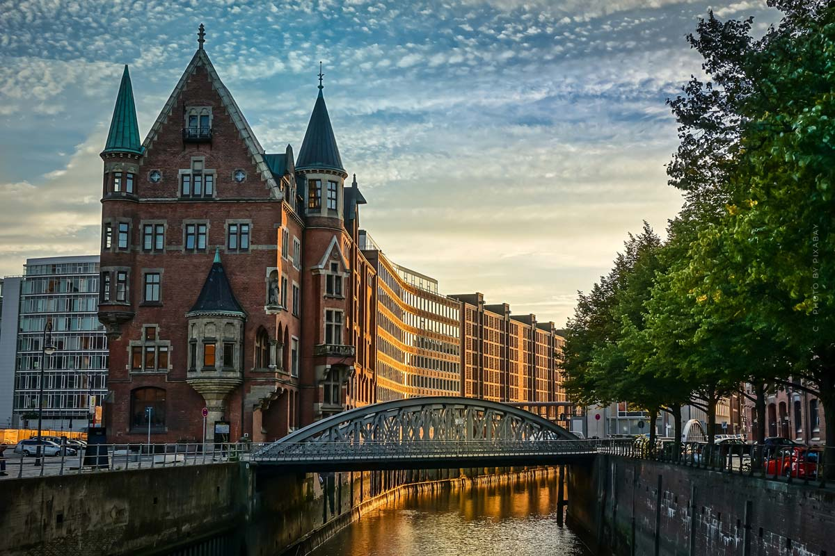 Umzug Hamburg: beliebte Stadtteile, Wohnung, Haus & Fakten über das Wohnen in Hamburg