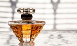 Lancôme: Parfüm, Make Up und Gesichtspflege