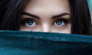 Tipps für einen perfekten Wimpernaufschlag: Pflegende Mascaras, kräftigendes Vitamin E & Wimpernseren