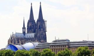 Umzug Köln: Wohnung, Haus &  Favoriten-Stadtviertel
