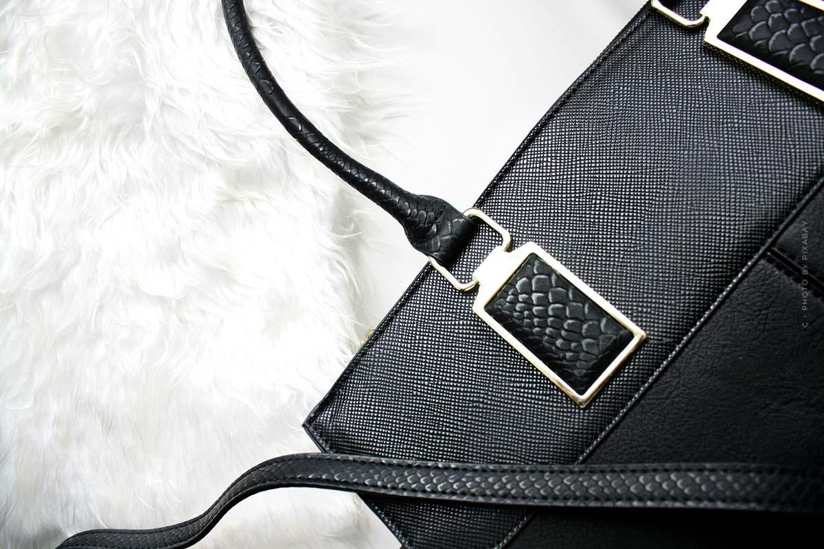 Bottega Veneta Taschen: Intrecciato-Gewebe, Nappaleder und Kettendetails