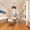 Altbauwohnung: Wohnung mit hohen, stuckverzierten Decken – Vor- und Nachteile & Erklärung