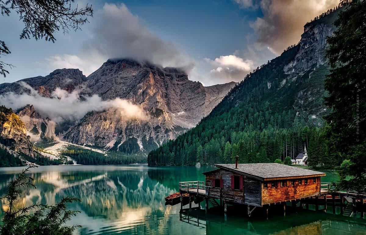 Ferienhaus: Traumhaus am Meer oder am See kaufen oder bauen? Vorteile, Nachteile & Tipps