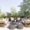 Terrasse einrichten: Fliesen, Überdachung, Sichtschutz – Gestalte deine Wohlfühl-Oase mit luxuriösen Möbeln