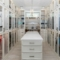 Kleiderschrank einrichten: Begehbaren Kleiderschrank planen, bauen und mit den passenden Möbeln gestalten