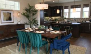 Tische: Esstische, Couchtische und Co. – Materialien und Vergleich, mit Deko-Ideen für dein Zuhause