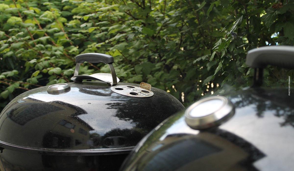 Weber Grill: Tradition kombiniert mit modernster Technik - Modelle im Test