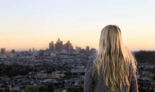 Hayley Hasselhoff: Curvy Model, Schauspielerin & Tochter von David Hasselhoff