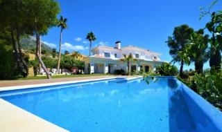 Villa Tour Marbella: 4.9 Mio. Euro! Mit Luxus Immobilien Makler Lukinski