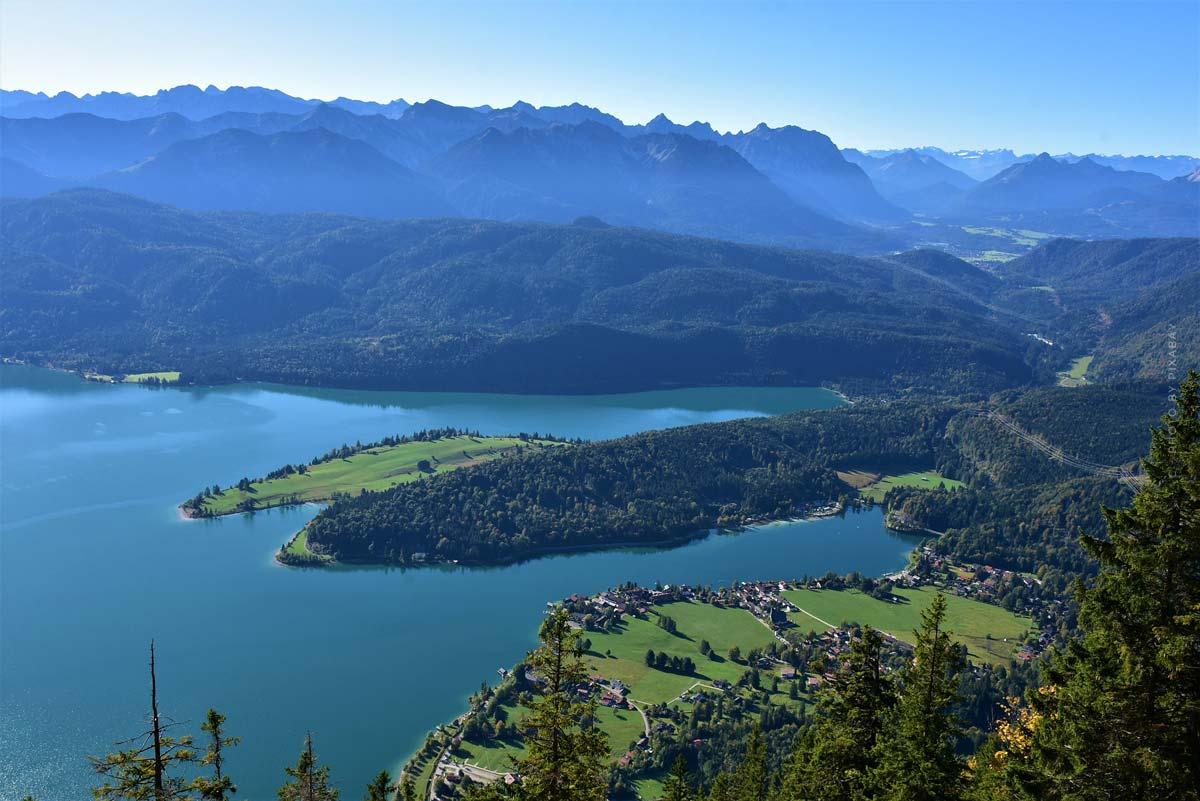 Urlaub am Walchensee: Surfen, Tauchen und Wandern - 4 Tipps