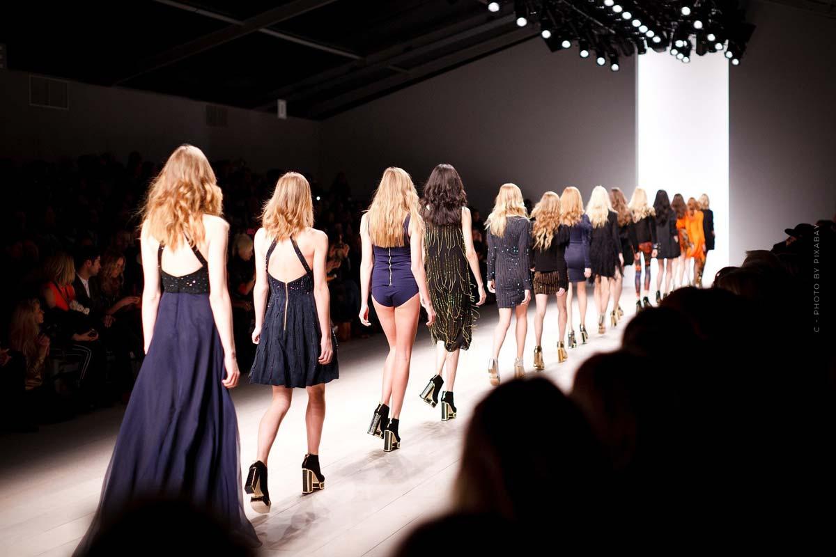 Fashion Week XXL: NY, Seoul, Berlin & Co. - Termine, Übersicht & Wissenswertes