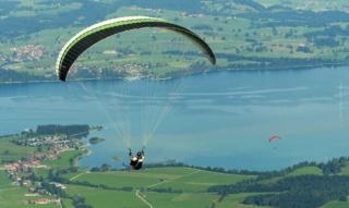 Urlaub am Forggensee: Bootstour, Gleitschirm & Thermalbad- 6 Tipps