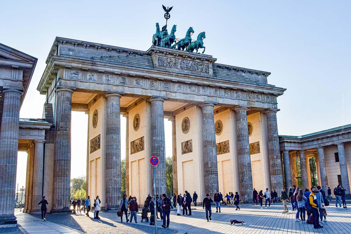 Berlin Fashion Week: Modenschauen, Termine & Überblick