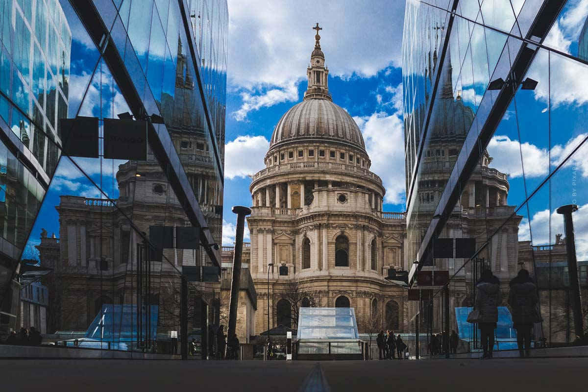 London Fashion Week: Termine, Überblick & High Fashion