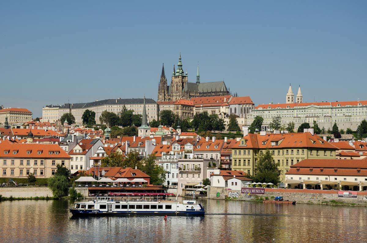 Urlaub in Tschechien: Top 3 Städte, Kurbäder & Festivals